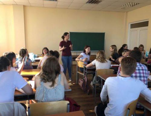 Одеські студенти перевірили передвиборчі обіцянки Порошенка й Зеленського
